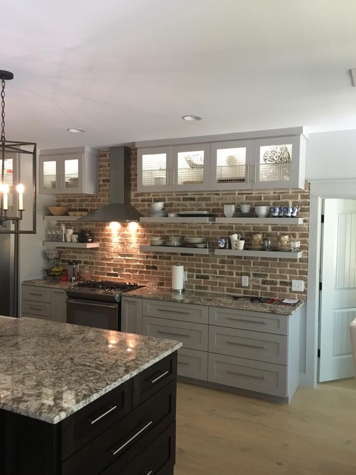 Old Chicago - Thin Brick Backsplash